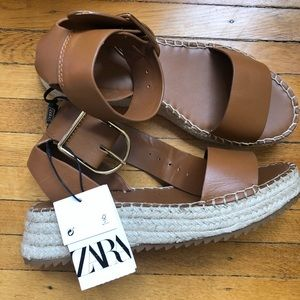 ZARA 🔥🔥 brand new never worn **Sandals**